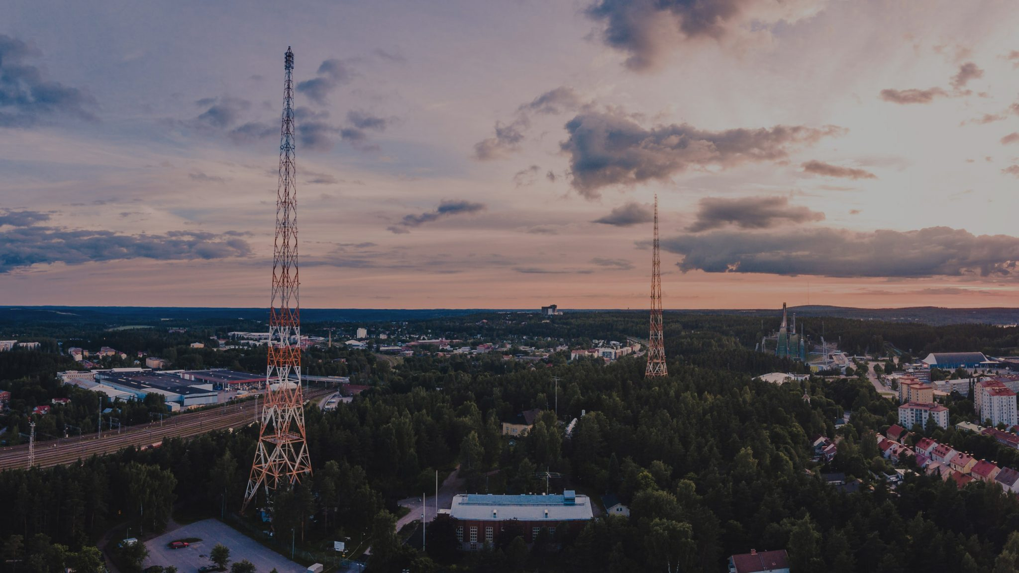 MANSER OY - Kiinteistöhuoltoa ja siivouspalveluja - Lahti & Hollola. Yli 20-vuoden ammattitaidolla ja kokemuksella.